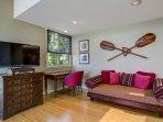 Master Bedroom With Hawaiian Pune'e Sitting Area