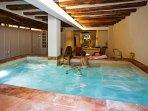 Apartamento deluxe con encanto y piscina interior climatizada compartida entre los 9 apartamentos