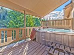 Main Level Deck with Private Hot Tub