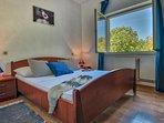 Bedroom 3 with garden view