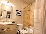 Stay Alfred New Orleans Vacation Rental Bathroom