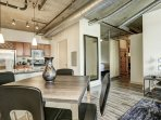 Stay Alfred Premier Lofts - Dining Area View 2