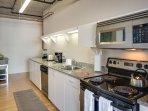 Stay Alfred San Diego Vacation Rentals Kitchen