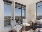 Stay Alfred Nashville Vacation Rental Living Room