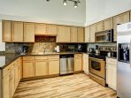 Stay Alfred Premier Lofts - Full Kitchen