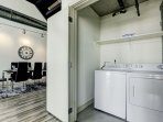 Stay Alfred Premier Lofts - Downstairs Full Washer and Dryer