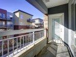 Stay Alfred on Little Raven Street Community Balcony