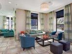 Stay Alfred Nashville Vacation Rental Lobby