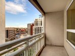 Stay Alfred Seattle Vacation Rentals Balcony