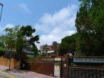 Entrada exterior residencial apartamentos 'Jardins de Sa Boadella'