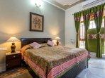 Amaranthus ( Queen Room)