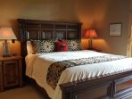 King Bed in MBR, ensuite bath, direcTV, access to huge patio,