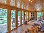 Spend your days lounging in the sunroom while you watch the river float by, catching glimpses of wildlife.