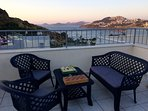 Relax in the evening and watch the sunset on the roof terrace