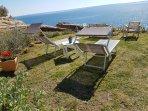 giardino solarium condiviso a 10 metri dalla casa