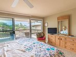 Lovely Master Bedroom opens to Lanai ...Ahhh..Comfortable King Bed/Flat Screen TV/Attached Full Bathroom