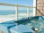 Lincoln City Hot Tub