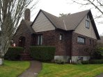 Clinker Cottage - Garden Apartment