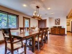 Large Dining Room for Family Get-Togethers an Entertaining! Imagine your next Holiday Meal!
