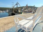 In Porat there is a diving club, a campsite, a restaurant, and you can also buy fresh fish.