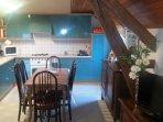 Espace cuisine équipée / salle à manger