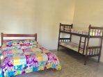 Suite com cama de casa e Beliche