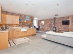 Field View - A beautiful 3 bedroom 3 bathroom barn conversion near York