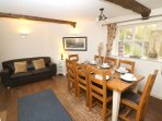 Croyde Holiday Cottages Crydda Dining Room