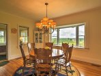 The dining table features seating for 6 guests.