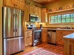 This is a great kitchen for a crowd as it opens to the bar, the dining area, and the living room. It's equipped with...