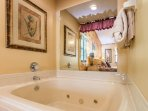 Jacuzzi Tub in 2nd Bedroom