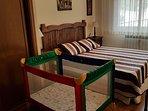 Posibilidad de cuna en dormitorio principal