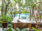 Flow Oasis pool lounge