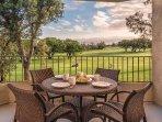 Paniolo Greens Resort Suite Lanai
