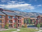 Wyndham Vacation Resorts Steamboat Springs Summer Exterior