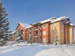 Wyndham Vacation Resorts Steamboat Springs Winter Exterior