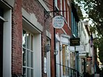 Wyndham Old Town Alexandria Shops.