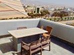 Terrasse collective 6ème étage panoramique vue mer kasbah ville