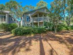 St. Andrews' villa is a minute from pool and central to all Palmetto Dunes amenities.