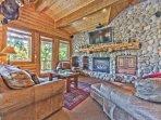 Deer Valley Black Bear 310 - Log Cabin Design