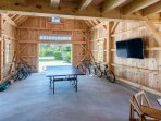 Game Barn, with Large Screen Tv and Ping Pong Table
