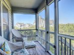 Back Screened in Porch with Views!