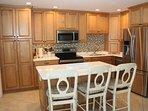 Kitchen with Island Breakfast Bar