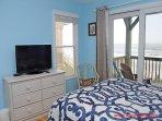 1st Floor North Oceanfront Queen Bedroom II
