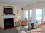 Living Room II - fireplace not usable