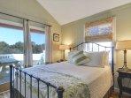 Queen Bedroom (N Bedroom)