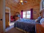 Bedroom 3 - Queen Bed, Upper Level