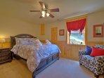 Bedroom 4 - Queen Bed, Lower Level