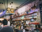 Cafes, bars and shops within a few minutes