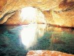 Dyros caves